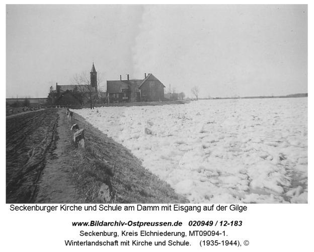 Seckenburg, Winterlandschaft mit Kirche und Schule