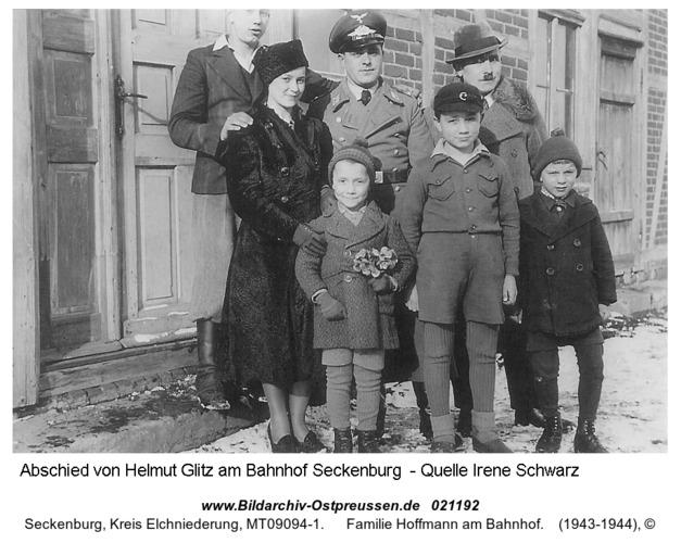 Seckenburg, Familie Hoffmann am Bahnhof