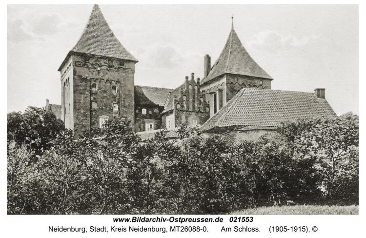 Neidenburg, Am Schloss