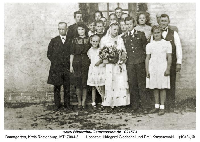 Baumgarten Kr. Rastenburg, Hochzeit Hildegard Glodschei und Emil Kazperowski