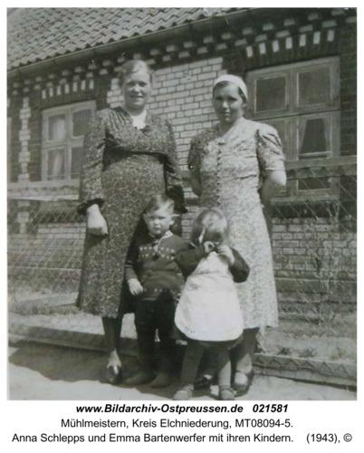 Mühlmeistern, Anna Schlepps und Emma Bartenwerfer mit ihren Kindern