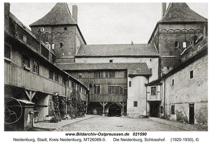 Neidenburg, Die Neidenburg, Schlosshof