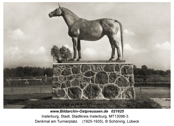 Insterburg, Denkmal am Turnierplatz