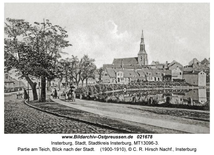 Insterburg, Partie am Teich, Blick nach der Stadt