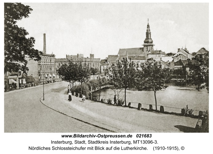 Insterburg, Nördliches Schlossteichufer mit Blick auf die Lutherkirche
