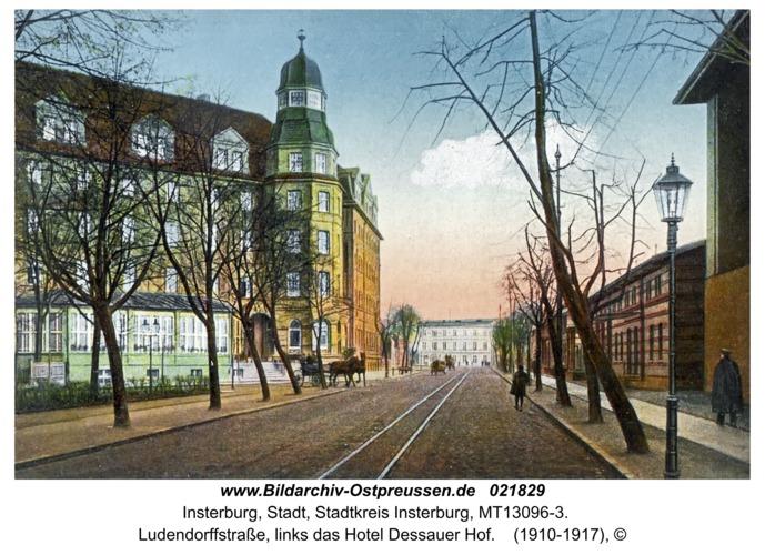 Insterburg, Ludendorffstraße, links das Hotel Dessauer Hof