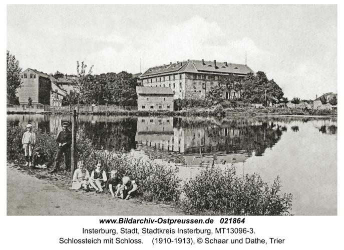 Insterburg, Schlossteich mit Schloss