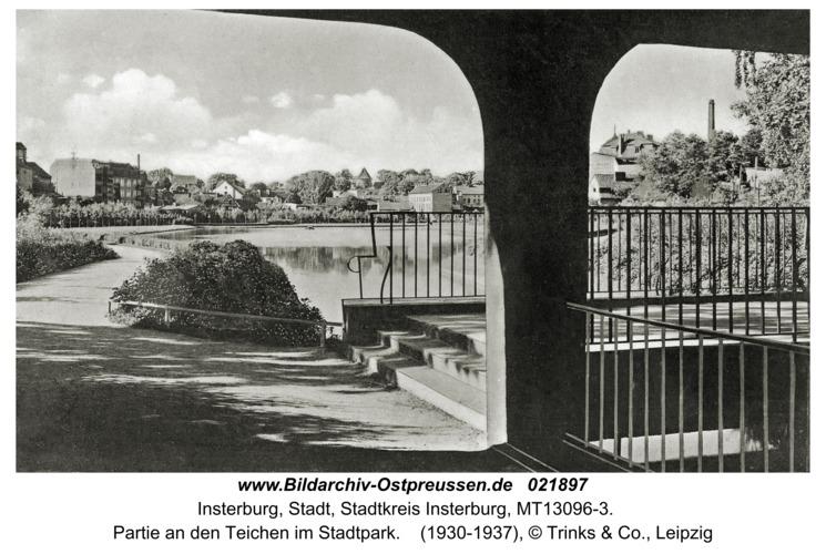 Insterburg, Partie an den Teichen im Stadtpark