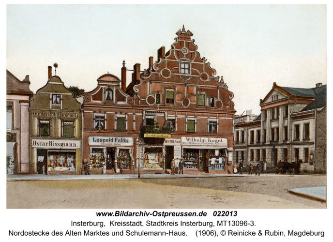 Insterburg, Nordostecke des Alten Marktes und Schulemann-Haus
