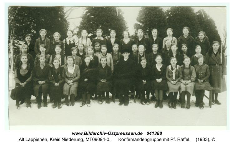 Rauterskirch, Konfirmandengruppe mit Pf. Raffel