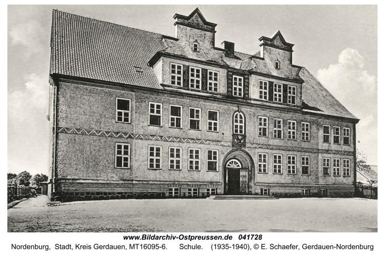 Nordenburg, Schule