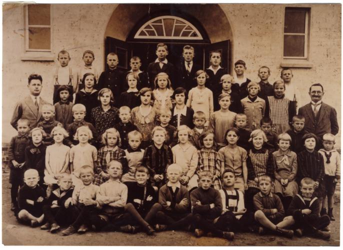 Berndhöfen, Schüler der zweiklassigen Volksschule