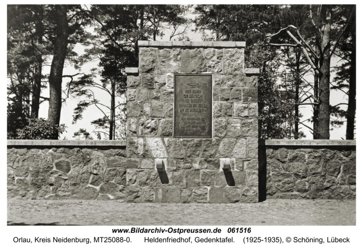 Orlau, Heldenfriedhof, Gedenktafel