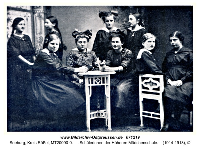 Seeburg, Schülerinnen der Höheren Mädchenschule