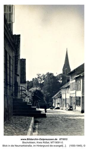 Bischofstein, Blick in die Neumarktstraße, im Hintergrund die evangelische Kirche