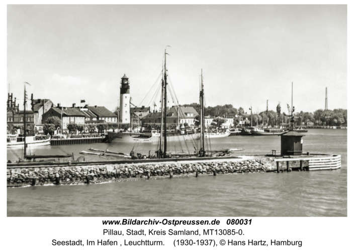 Pillau, Seestadt, Im Hafen , Leuchtturm