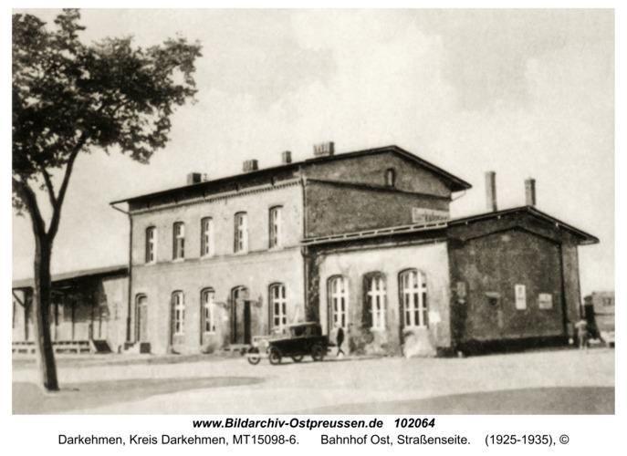 Darkehmen, Bahnhof Ost, Straßenseite