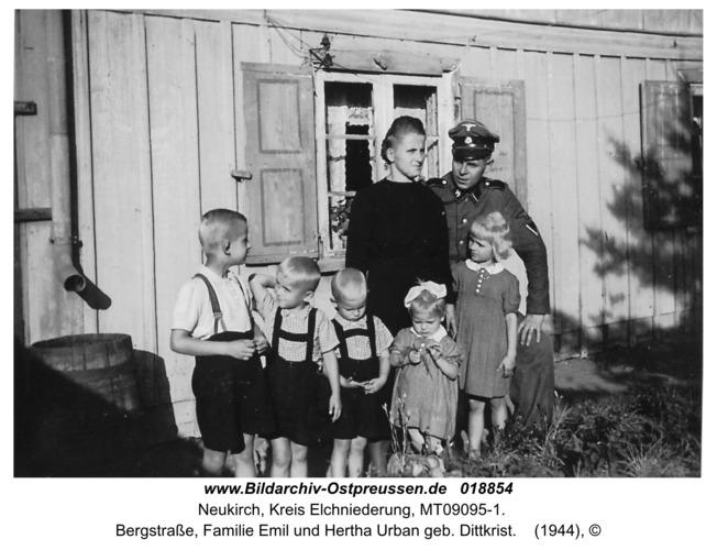 Neukirch, Bergstraße, Familie Emil und Hertha Urban geb. Dittkrist