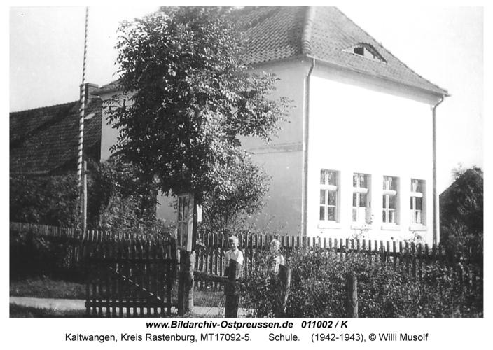 Kaltwangen, Schule