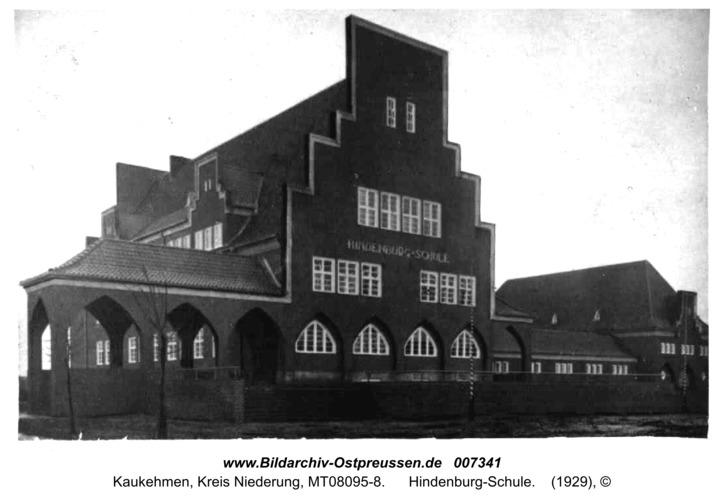 Kuckerneese, Hindenburg-Schule