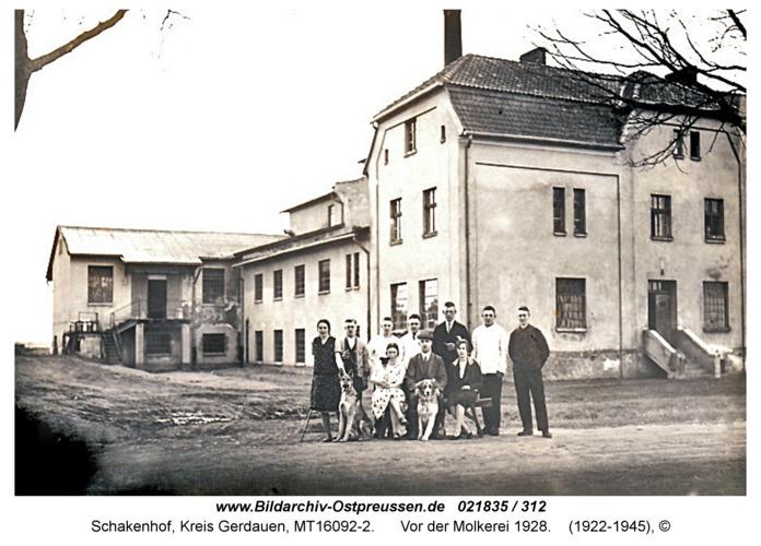Schakenhof, vor der Molkerei 1928