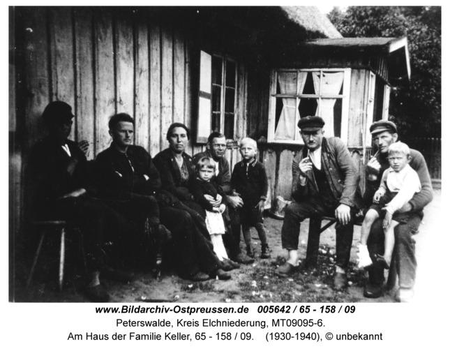 Peterswalde, Am Haus der Familie Keller, 65 - 158 / 09