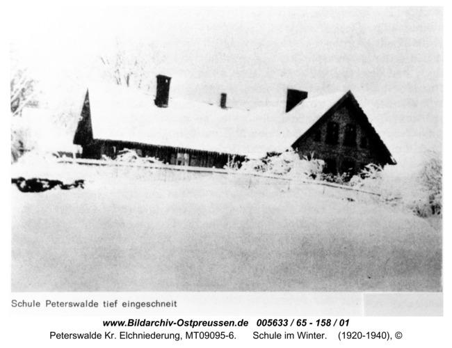 Peterswalde, Schule im Winter