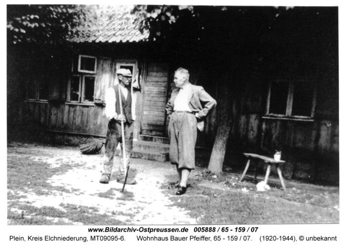 Plein, Wohnhaus Bauer Pfeiffer, 65 - 159 / 07