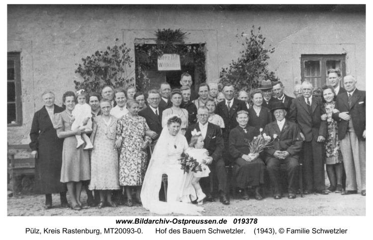 Pülz, Hof des Bauern Schwetzler