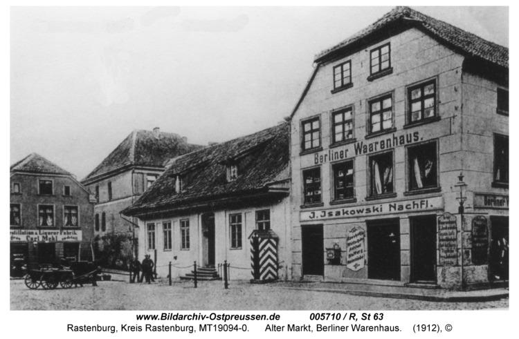 Rastenburg, Alter Markt mit Stadtwache