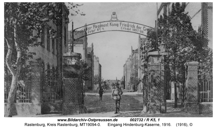 Rastenburg, Hindenburgstraße, Hindenburg-Kaserne, Eingang, 1916