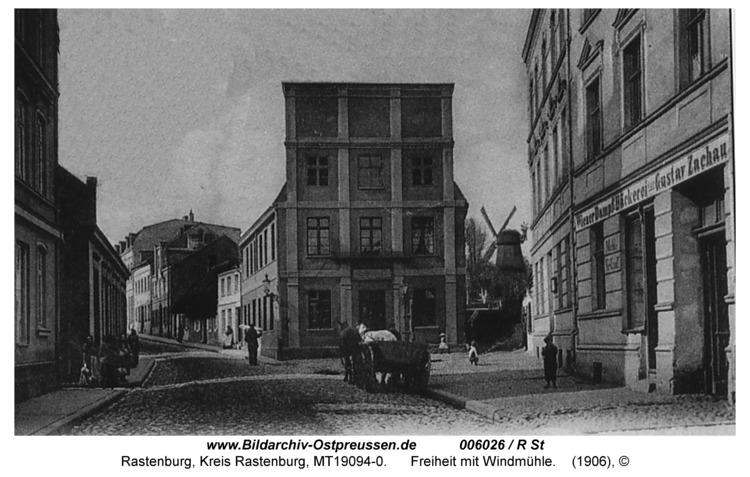 Rastenburg, Freiheit, Haus Herzberg und Windmühle