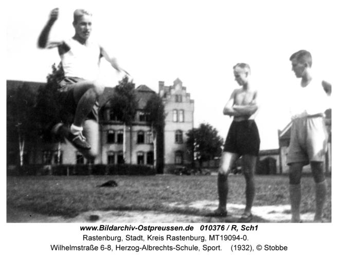 Rastenburg, Wilhelmstraße 6-8, Herzog-Albrechts-Schule, Sport