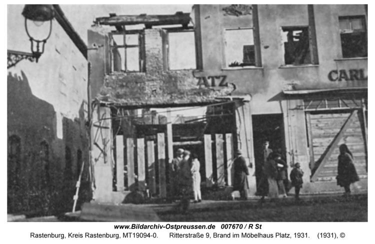 Rastenburg, Ritterstraße 9, Brand im Möbelhaus Platz, 1931