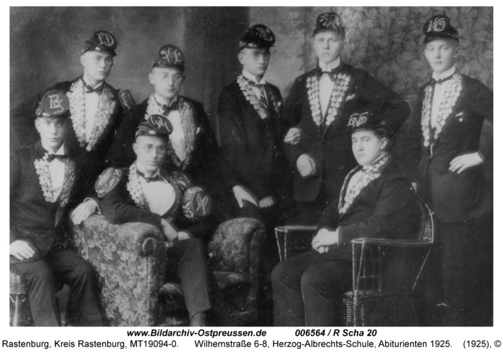 Rastenburg, Wilhelmstraße 6-8, Herzog-Albrechts-Schule, Abiturienten 1925