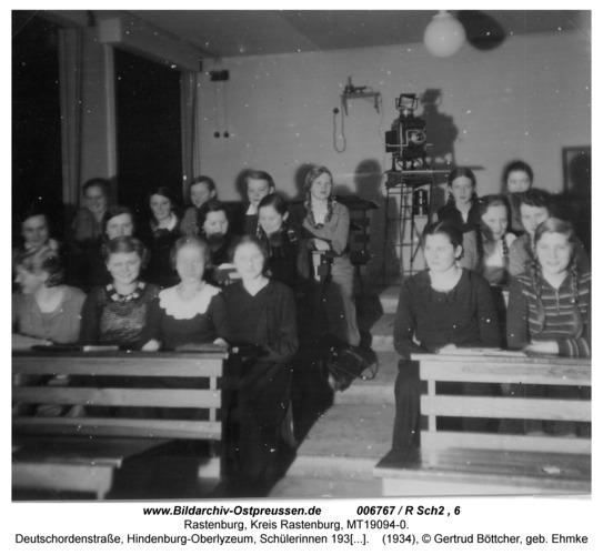 Rastenburg, Deutschordenstraße, Hindenburg-Oberlyzeum, Schülerinnen 1934