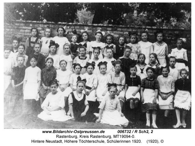 Rastenburg, Hintere Neustadt, Höhere Töchterschule, Schülerinnen 1920