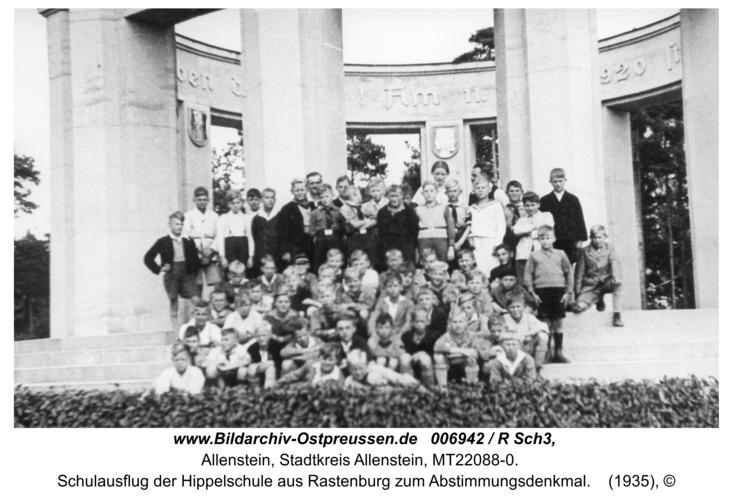 Allenstein, Schulausflug der Hippelschule aus Rastenburg zum Abstimmungsdenkmal
