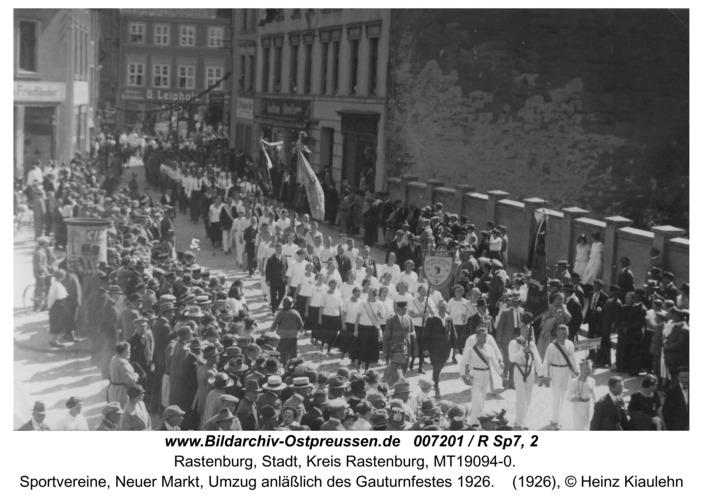 Rastenburg, Sportvereine, Neuer Markt, Umzug anläßlich des Gauturnfestes 1926