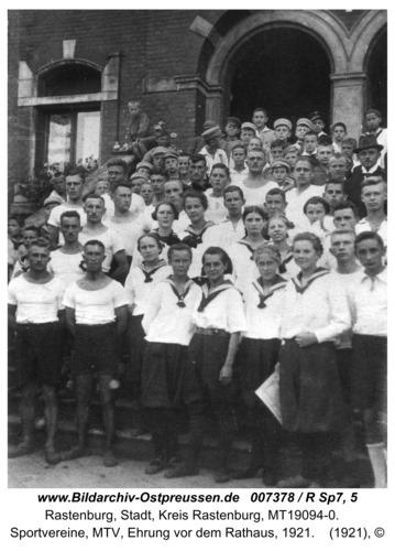 Rastenburg, Sportvereine, MTV, Ehrung vor dem Rathaus, 1921