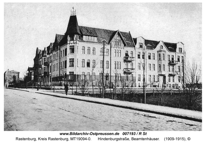 Rastenburg, Hindenburgstraße, Beamtenhäuser