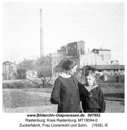 Rastenburg, Zuckerfabrik, Frau Linnenkohl und Sohn