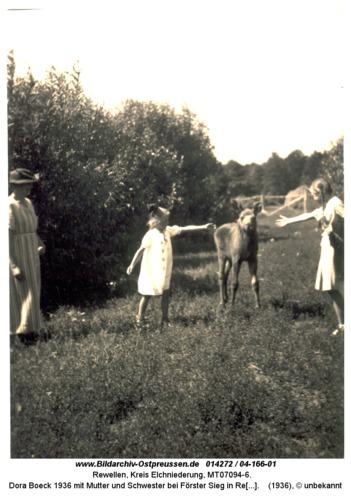 Rewellen 04-166-01, Dora Boeck 1936 mit Mutter und Schwester bei Förster Sieg in Rewellen
