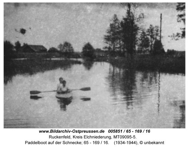 Ruckenfeld, Paddelboot auf der Schnecke; 65 - 169 / 16