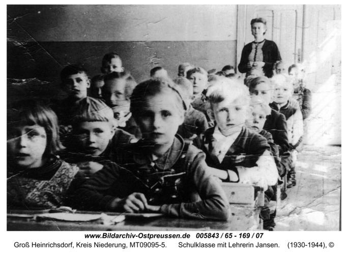 Ruckenfeld, Schulklasse mit Lehrerin Jansen