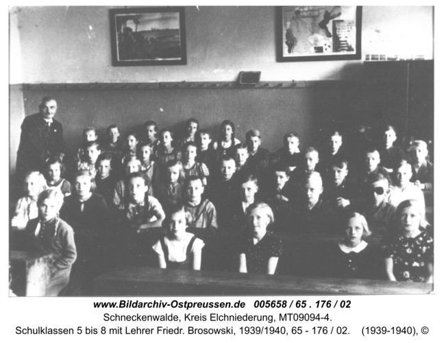 Schneckenwalde, Schulklassen 5 bis 8 mit Lehrer Friedr. Brosowski, 1939/1940, 65 - 176 / 02