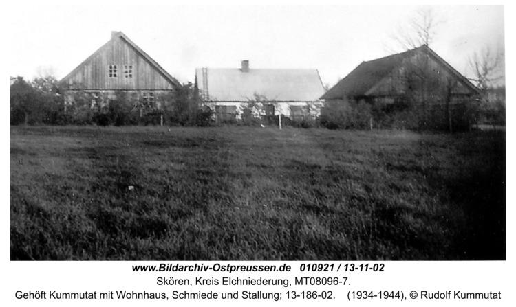 Skören, Gehöft Kummutat mit Wohnhaus, Schmiede und Stallung; 13-186-02