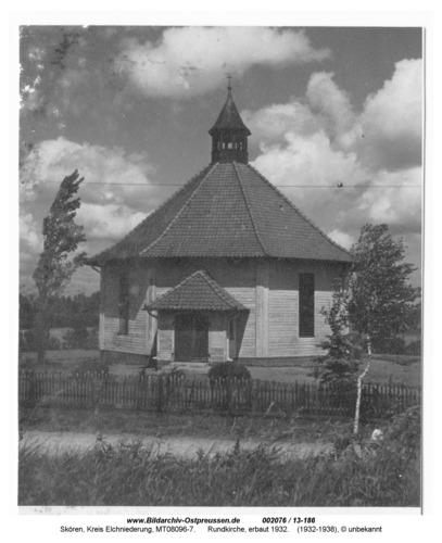 Skören, Rundkirche, erbaut 1932