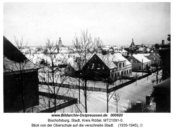 Bischofsburg, Blick von der Oberschule auf die verschneite Stadt