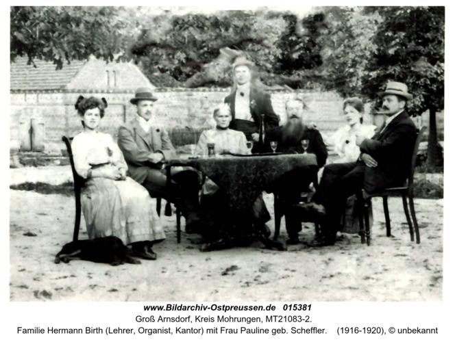 Familie Hermann Birth (Lehrer, Organist, Kantor) mit Frau Pauline geb. Scheffler in Groß Arnsdorf